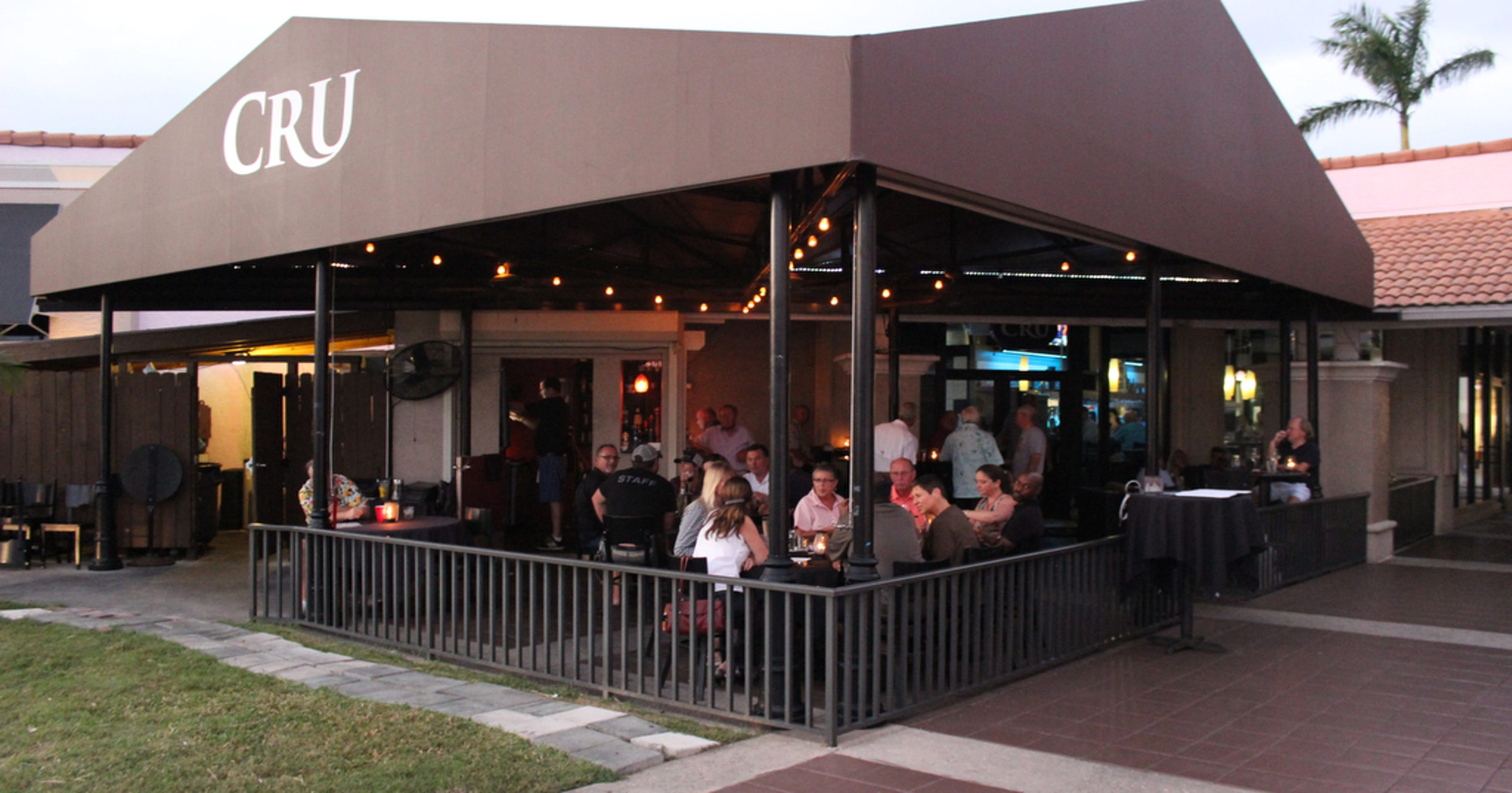 Cru to close in south Fort Myers; Burgerim closes two SWFL stores