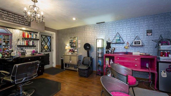 Take a Virtual Tour: $334K Lafayette house has own salon room