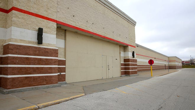 The former Target Store on Milwaukee's far northwest side would be converted into a refrigerated warehouse under a new proposal.