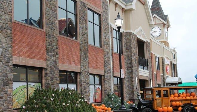 Wegmans opened a new store in Burlington, Massachusetts on Sunday.