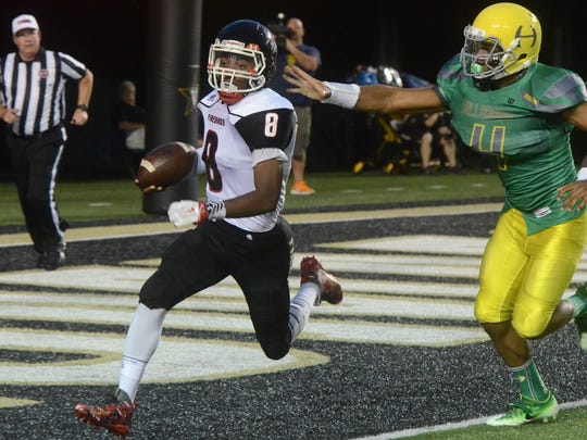 Pearl-Cohn sophomore Xavier Shepherd (8) has thrown for 400 yards and three touchdowns in his last two starts.