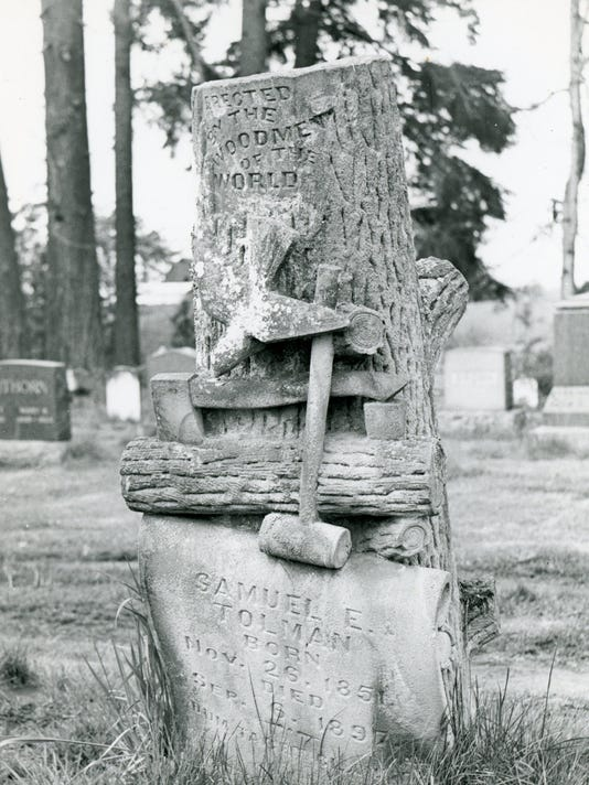 000 - Woodmen of the World - Belle Passi cemetery - 2011.001.0012