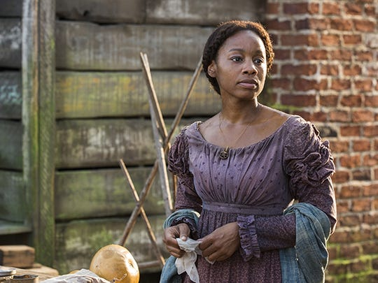 Tony-winner Anika Noni Rose plays Kizzy. Anika Noni Rose plays Kizzy in 'Roots.'