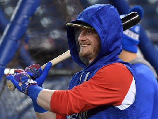 Toronto Blue Jays' Josh Donaldson warms up during batting practice in Toronto, Tuesday, Oct. 11, 2016. The Blue Jays face the Cleveland Indians in baseball's American League Championship Series starting Friday, Oct. 14, in Cleveland. (Frank Gunn/The Canadian Press via AP)