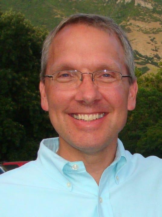 636633218946584495-Craig-Snyder-Portrait-1.jpg