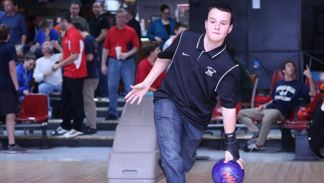 Fort Lee senior David Grant averaged 241.3 to finish sixth at the state individual bowling finals Wednesday at Bowlero North Brunwsick.