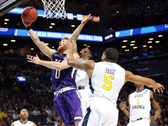 Stephen F. Austin Lumberjacks forward Thomas Walkup