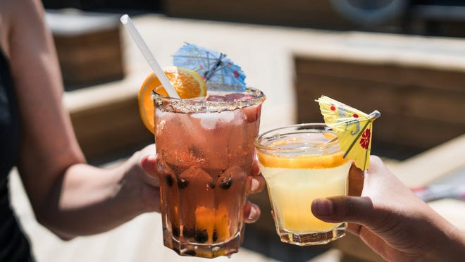 Florida residents have a new option for entertaining. The Drinkworks Home Bar by Keurig will offer cocktails at the push of a button.