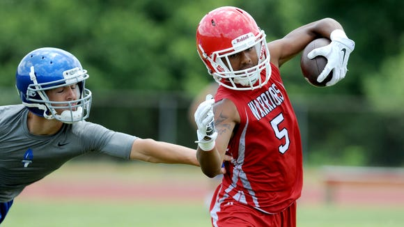 Trey Martin and Erwin reached the semifinals of Thursday's U.S. Army 7-on-7 tournament.