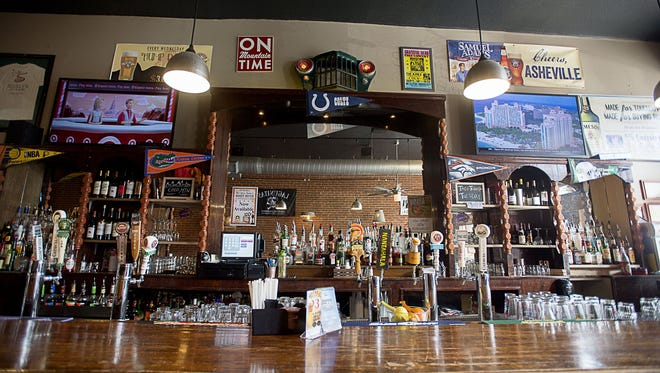 Scully's Bar and Grille is a local spot in downtown on Walnut Avenue.