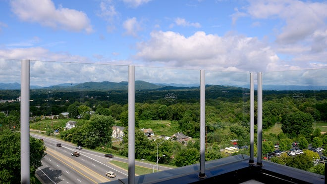 The Montford, a new rooftop bar at the top of the Hyatt Place Asheville Downtown, will open Aug. 25 and feature expansive views to the West and North.