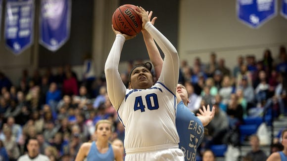 Smoky Mountain senior Jhimya McCollum has committed to play college basketball for Mars Hill.