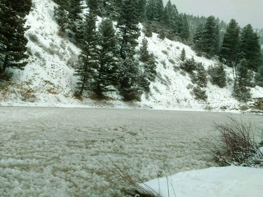 Montana State Parks has closed the Smith River Park to floaters because of ice jams.