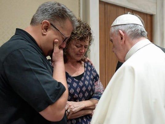 636034033447557903-Pope-Francis.jpg
