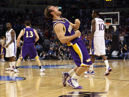 Ali Farokhmanesh rejoices after leading Northern Iowa, a No. 9 seed, to a win over top-seeded Kansas and into the Sweet 16 of the 2010 NCAA tournament. Farokhmanesh was hired Monday as an assistant coach at CSU by new coach Niko Medved, who he worked for last season at Drake.