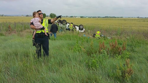 Officer who comforted child shares emotional story