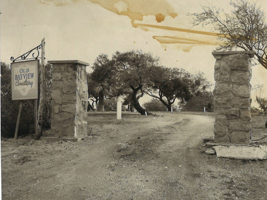MAIN--OldBayviewCemetery-1955.jpg