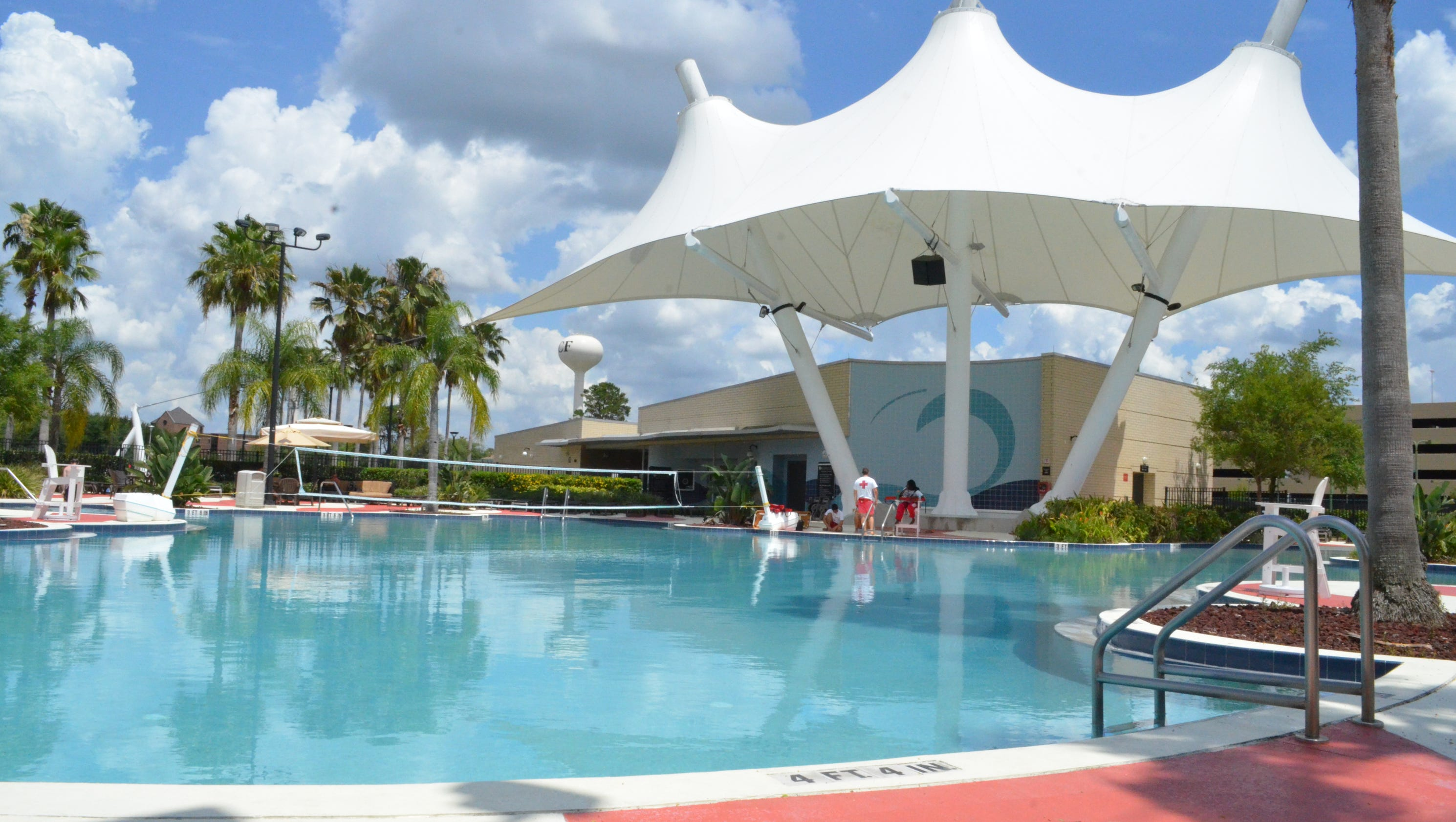 Pool Ucf Ranked Among Top 30 Best College Leisure Pools