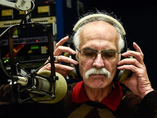 """Former WMRN-AM morning show host Jeff Ruth is now hosting a local talk show for 104.7 FM WZMO. Ruth retired from WMRN in 2019, but decided earlier this year to be the host of the program """"Around About Marion"""" that airs three days a week on the low power FM radio station."""