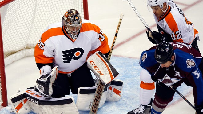 Steve Mason made 29 saves in the Flyers' overtime loss to the Colorado Avalanche.