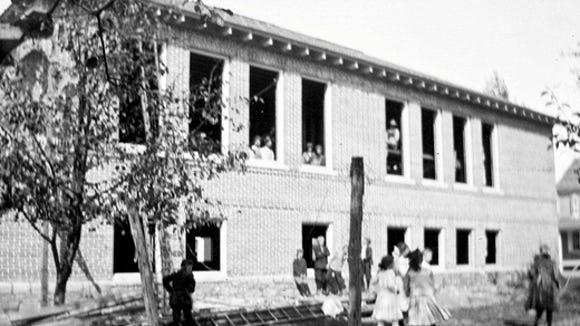 school-circa-1913-1