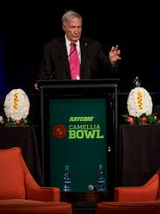 Gene Stalling is honored at the Camellia Bowl Alabama