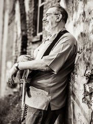 Roots musician David Bromberg and his quintet visit