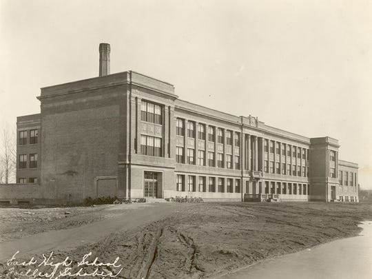 A photo of Green Bay East High School.