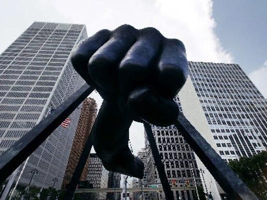 635509641859900283-AP-Detroit-Bankruptcy-MIPS10-3-