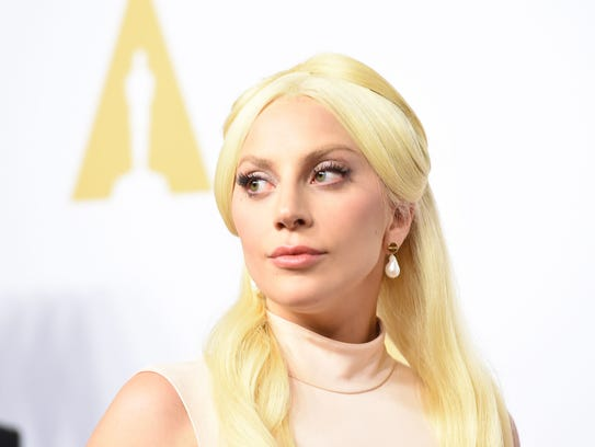 Lady Gaga will perform a David Bowie tribute at the