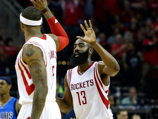 Rockets pull away from Mavericks to take Game 1