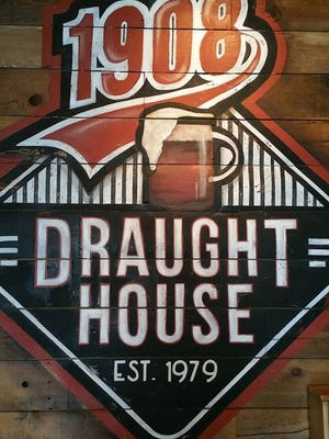 The third 1908 Draught House opened in the metro last Thursday. The newest bar and restaurant is on Court Avenue in downtown Des Moines.