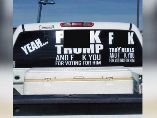 anti-Trump-sticker.jpg