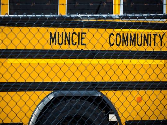 636373627667123318-buses-2.JPG