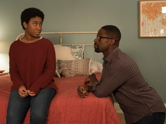 Randall Pearson (Sterling K. Brown), right, talks to