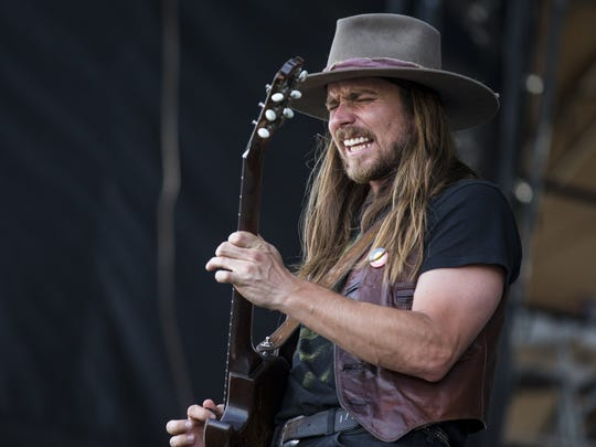 Lukas Nelson performs during Day 2 of Country Thunder