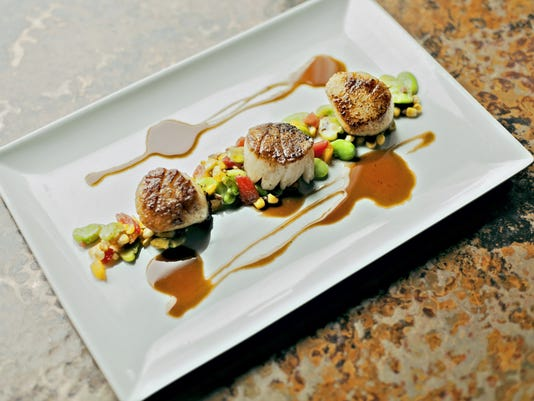 sea scallops photo by Chris Witzke.JPG