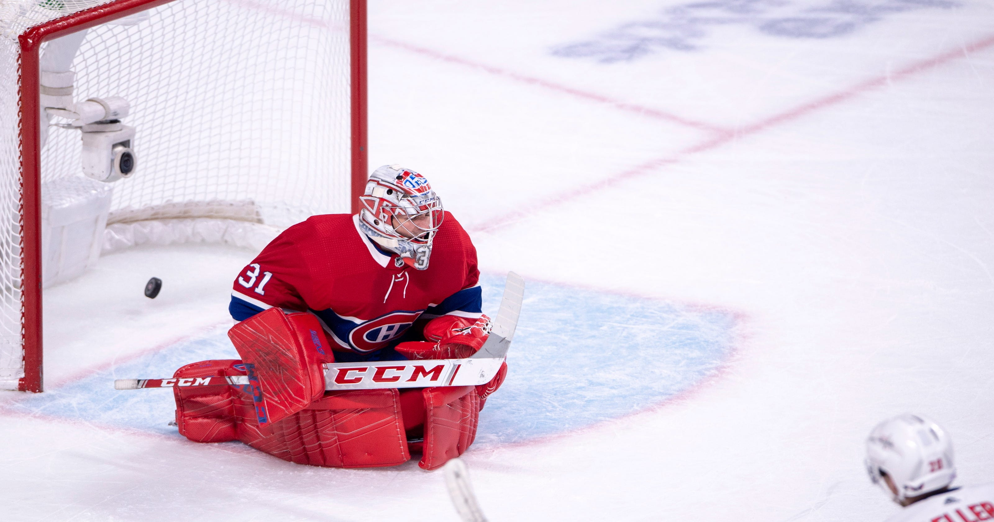 d3215ac8642 Eller s overtime goal gives Capitals 5-4 win over Canadiens