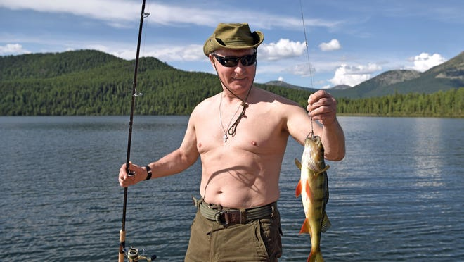 Vladimir Putin Fishes Dives And Swims During Siberian Vacation