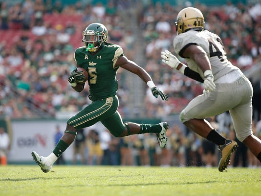 NCAA Football: Central Florida at South Florida