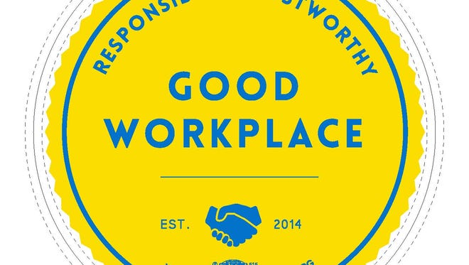Through its Good Workplace Establishment program, Don Bosco signs on businesses that pledge to follow labor law and encourages customer loyalty to those establishments that display the bright blue and yellow Good Workplace seal in their windows. Eighty businesses have joined the Good Workplace movement to date.