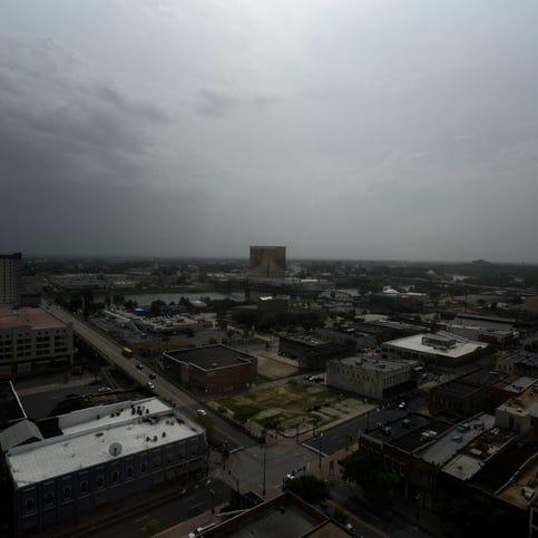 Dust from Africa's Sahara Desert grays skies over Shreveport, Bossier City