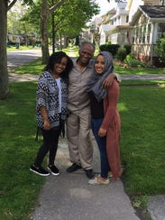 Jamal Abdullahi with his daughters, Biiftu Duresso