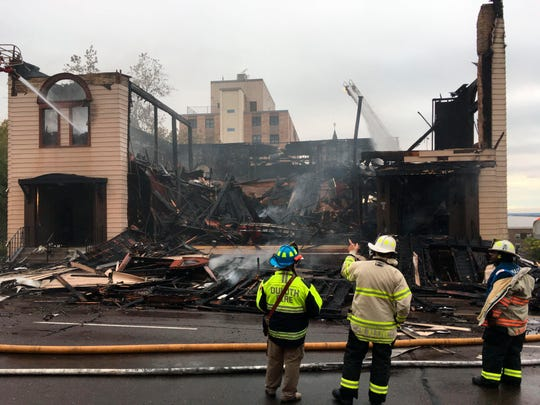 A preliminary investigation has found no signs of accelerants at a fire that destroyed a historic synagogue in Duluth, Minn., authorities said.