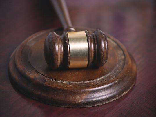 court gavel 10044609