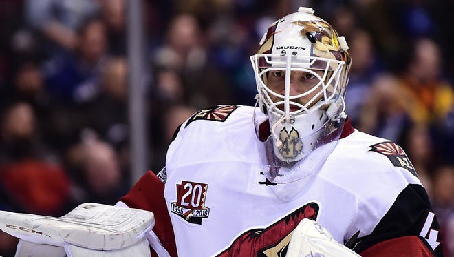 Jan 4, 2017:  Arizona Coyotes goaltender Mike Smith (41) awaits the start of play against the Vancouver Canucks during the first period at Rogers Arena.