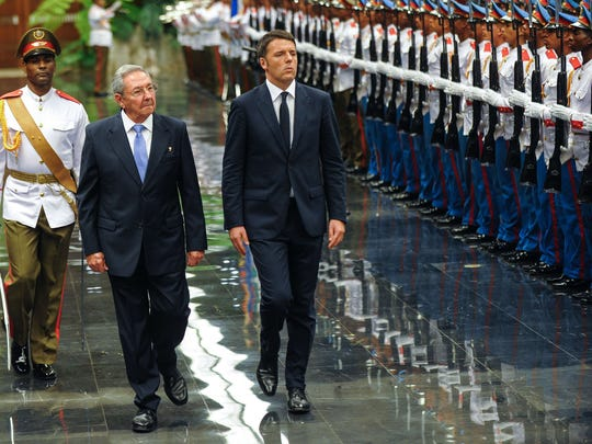 Cuban President Raúl Castro, left, and Italy's Prime