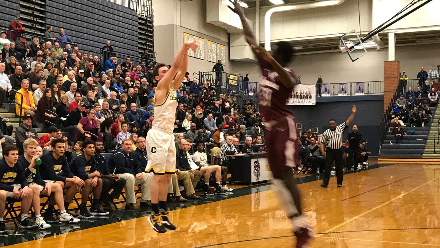 Clarkston basketball's Foster Loyer, Taylor Currie lead in win over Romulus, 90-53