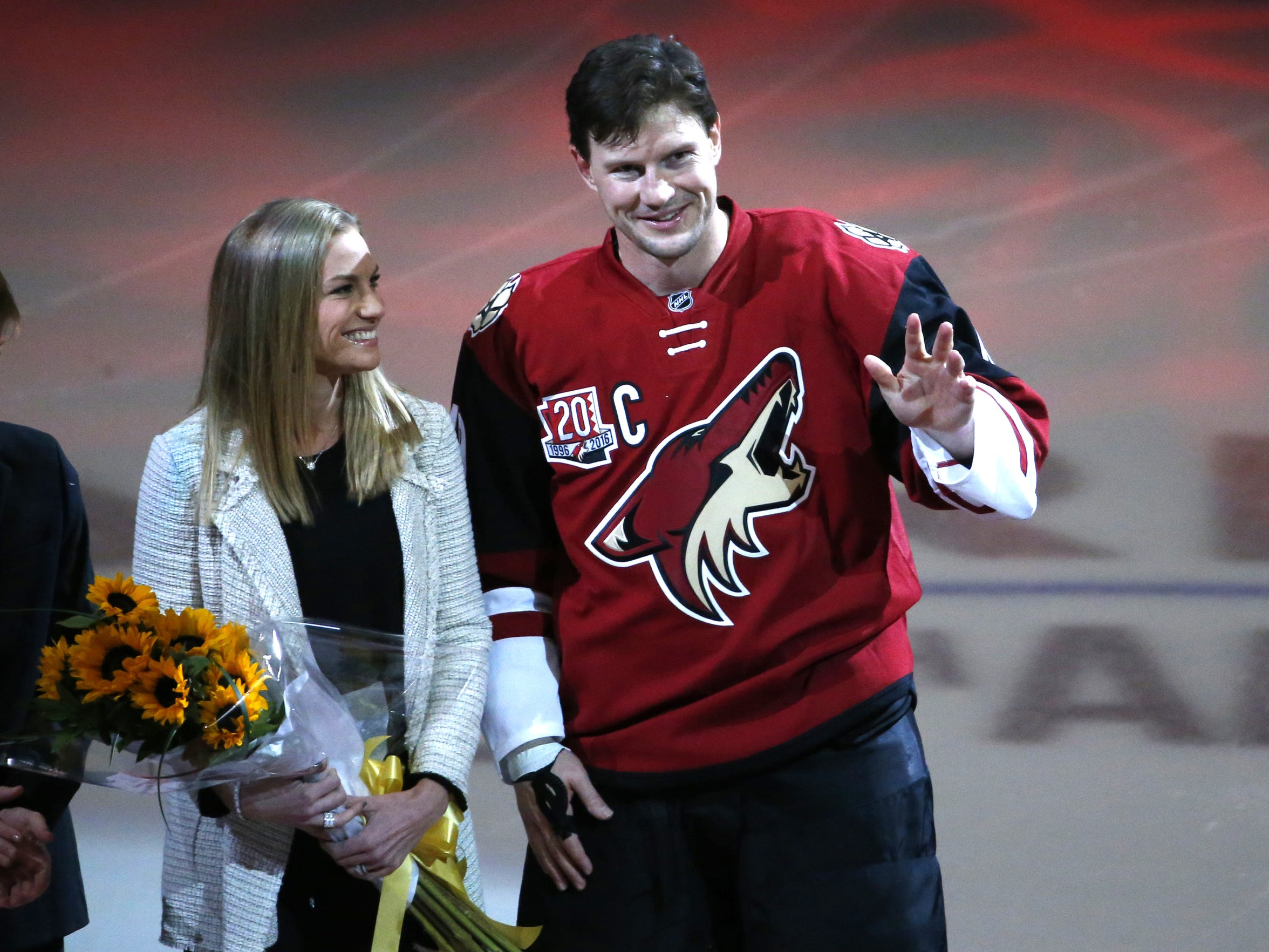 Arizona Coyotes right wing Shane Doan (19) is recognized