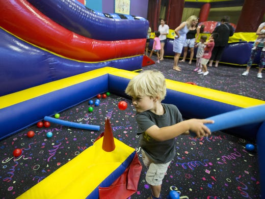 21 Great Indoor Spots For Kids In Phoenix To Stay Cool In The Summer